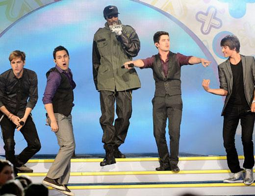 /nick-assets/kca-archive/best-performances/performances-2011-btr.jpg