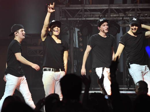 Hats Off!|Hats off to Big Time Rush for this amazing performance. PS - Where can we get some of that customed initialed swag? So cool.