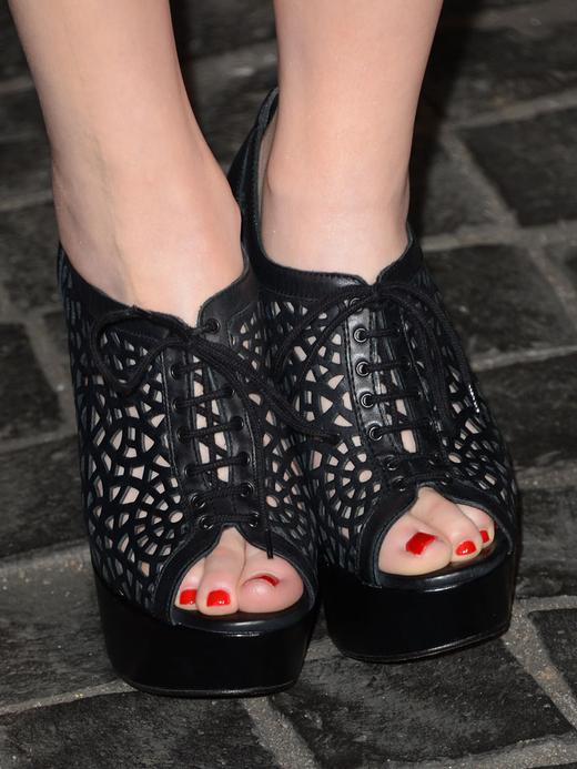 /nick-assets/shows/images/star411/blogs-3/miranda-shoe-pic-front-view.jpg