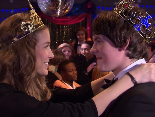 First Dance|Fabian and Nina finally have their first dance as King and Queen.