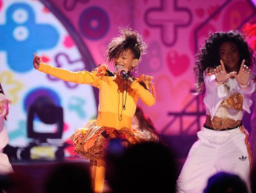 Whatever Willow|Willow Smith did her thang while backup dancers showed off some mega attitude.