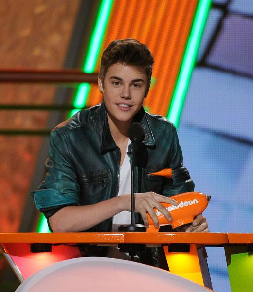 /nick-assets/shows/images/kids-choice-awards-2012/blogs-2/speeches/speeches-bieber.jpg