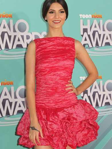 Pretty in Pink|Victoria Justice truly looks victorious in this perfectly pink dress. Love it!