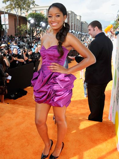 KCA 2012: Keke Palmer V.I.P.|This flirty purple mini looks great on Keke!