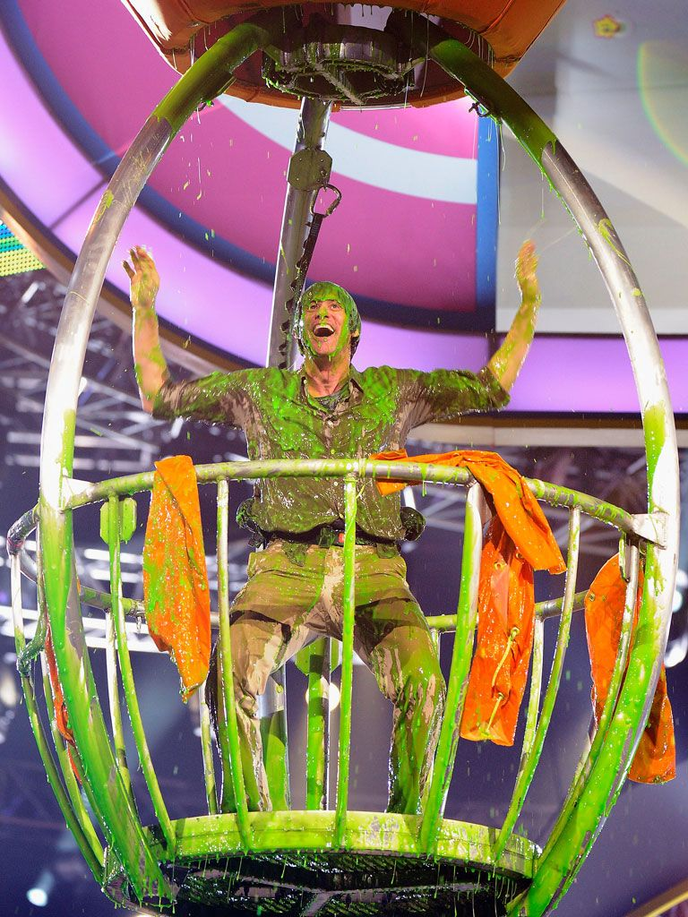 Jim Carrey Takes Best Dressed|...in SLIME. And he's absolutely loving every gushy minute of it.