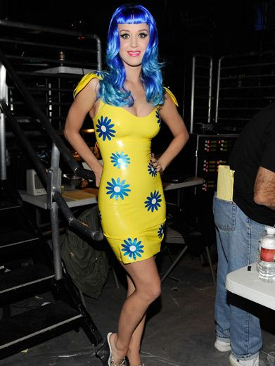 Katy Perry|Is she real?! Futuristic pop starlet Katy Perry looks too good to be believed backstage at the KCAs.