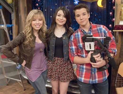 /nick-assets/shows/images/star411/blogs-2/farewell-icarly.jpg