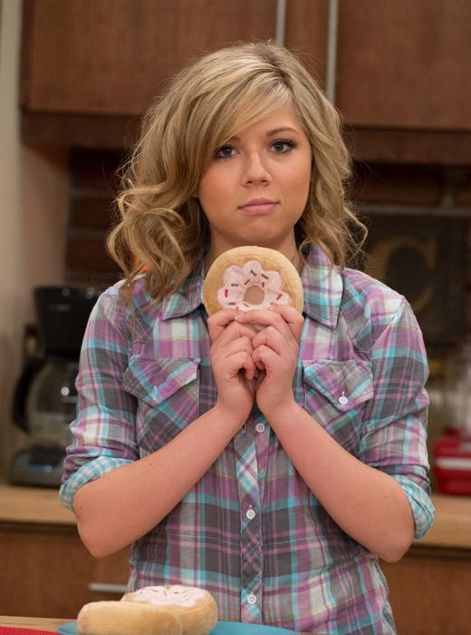 /nick-assets/shows/images/star411/blogs-3/turkey-day-jennette.jpg